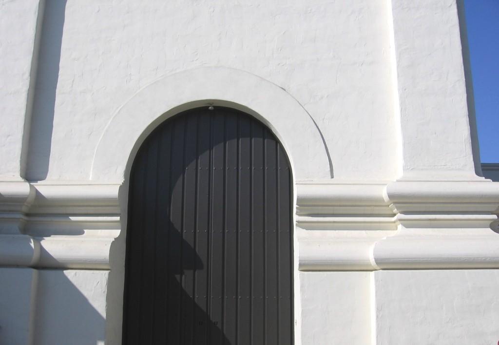 WalkingTours_lobero door